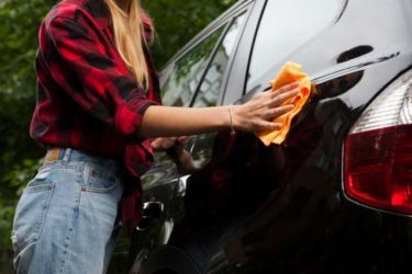車の塗装面の汚れ落とし、磨き、ワックスがけはこれ1本でOK!