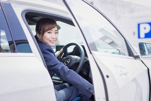 車の運転 女性